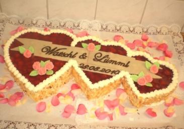 Vanilla Sponge | Vanilla Custard | Fresh Strawberries | Strawberry Coulis | Flaked Almonds | Marzipan Banner and Flowers